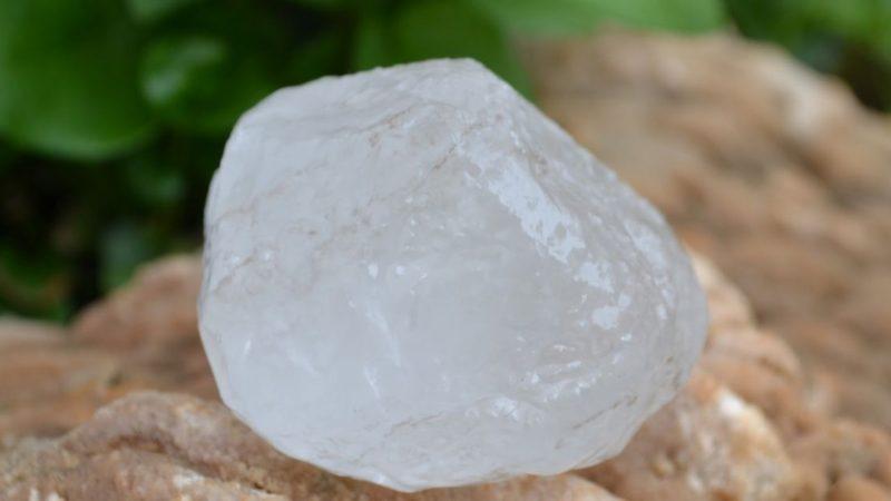 La piedra alumbre en la magia